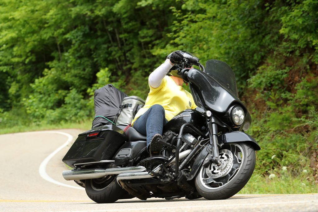 A Solo Motorcycle Trip to the Tail of the Dragon